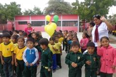 alumnos-en-la-ceremonia-de-entrega-de-donacion_42912824114_o